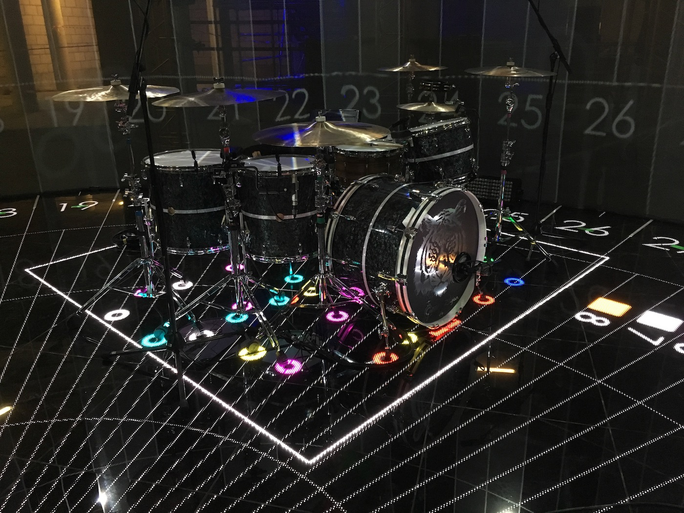 006 LED DRUM MAT